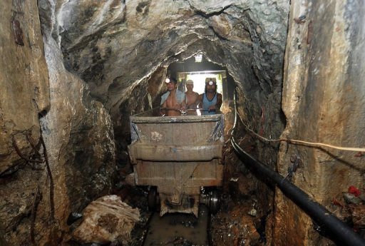 Mining of gold in the philippines