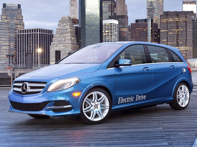 New york auto showcase is venue for mercedes benz ev for Mercedes benz new electric car