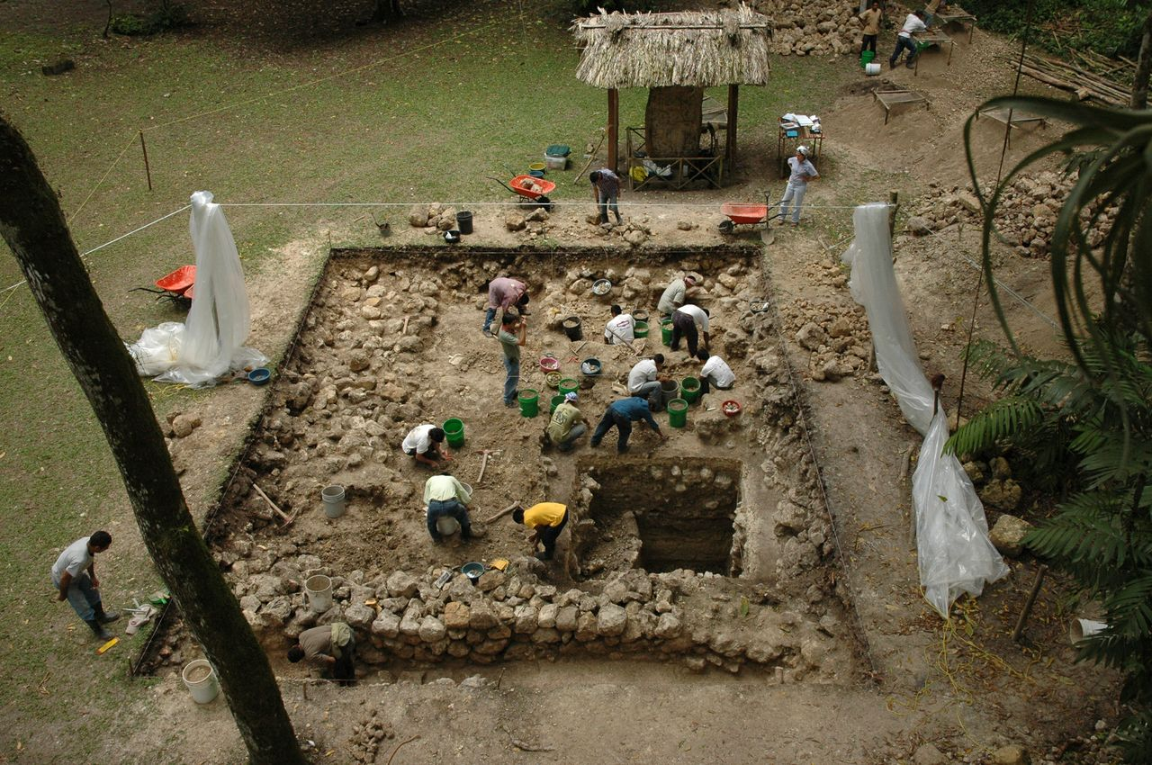 a research on the ancient maya people But guatemala was also the home for several non-maya people,  the ancient maya had  and ethnozoological research on our main web site, wwwmaya.