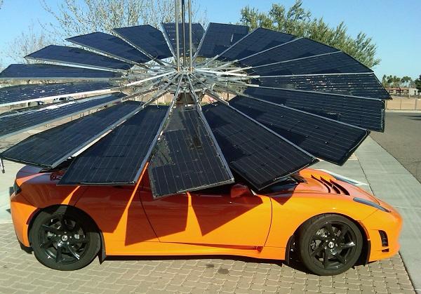 Lotus Mobile unfolds its solar-charging petals