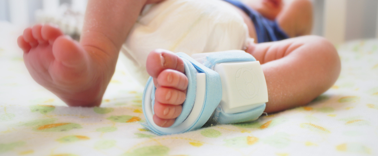 Smart sock for baby monitoring in funding campaign