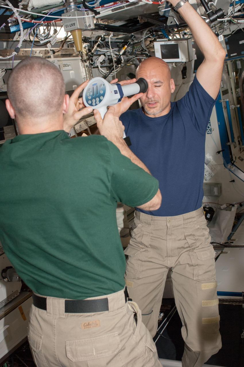 У астронавтов развиваются глазные патологии