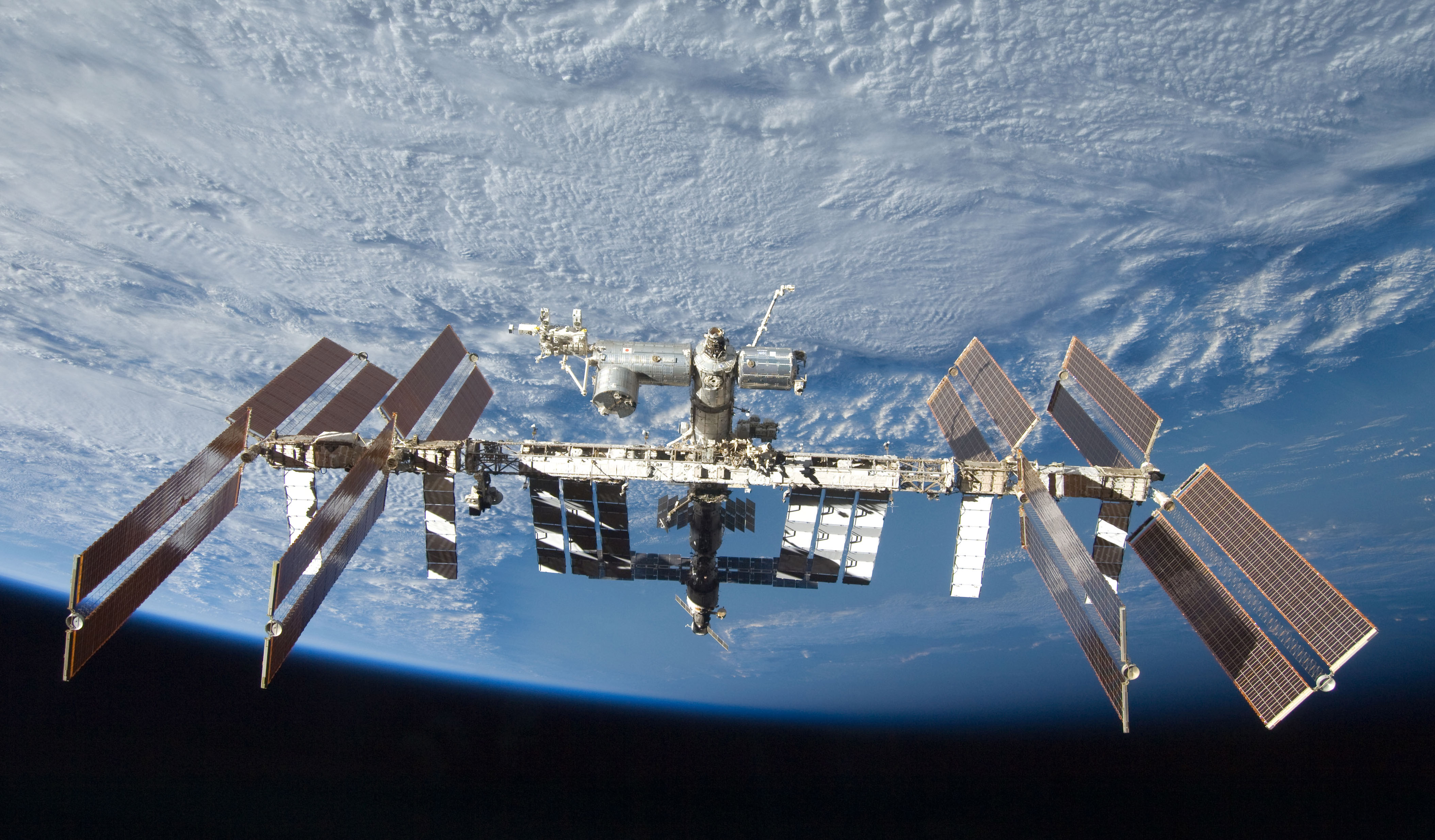 on international space station robot - photo #6