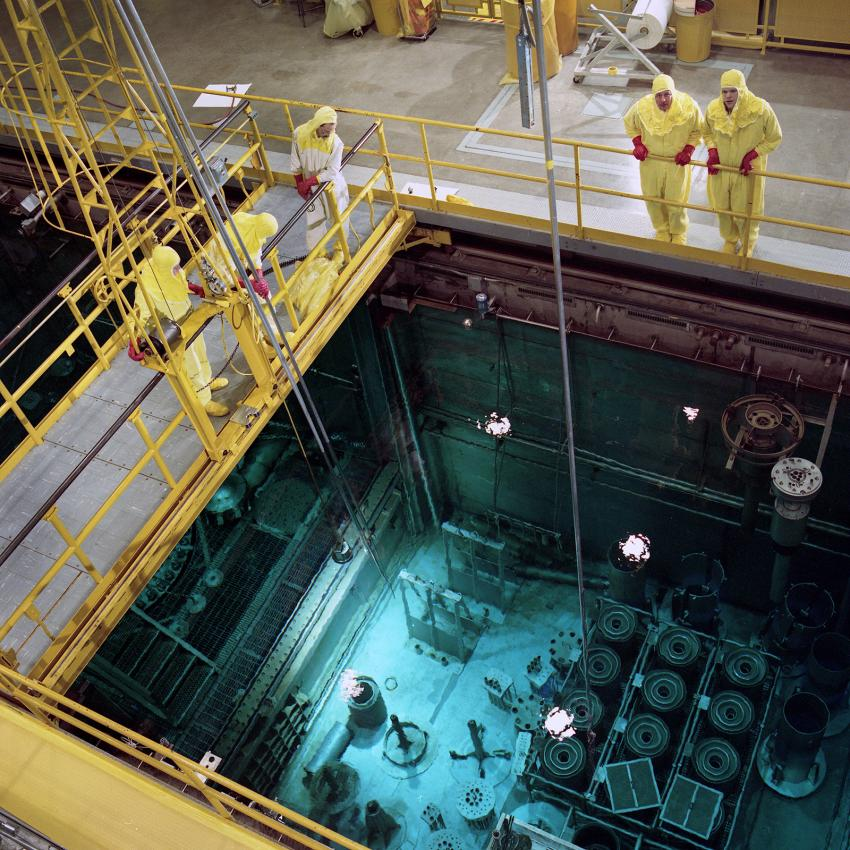 High flux isotope reactor named nuclear historic landmark for Pool design reactor
