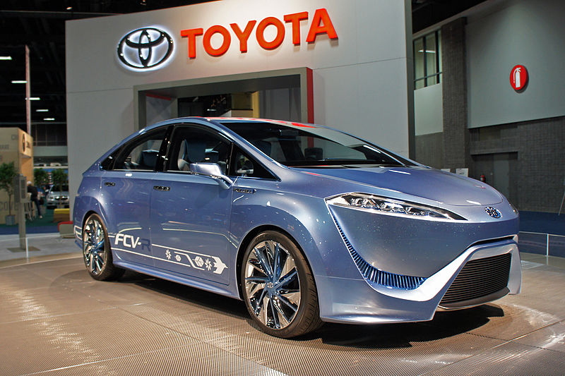 Toyota Bumps Up Hydrogen Powered Car In Us To 2015 Update
