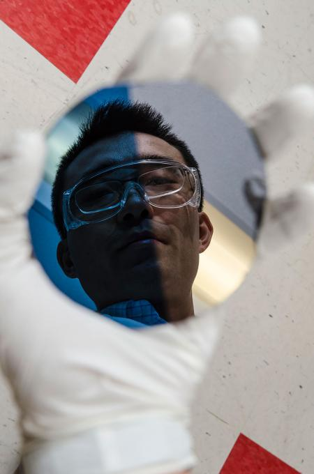 One Step Closer To Artificial Photosynthesis And Solar Fuels