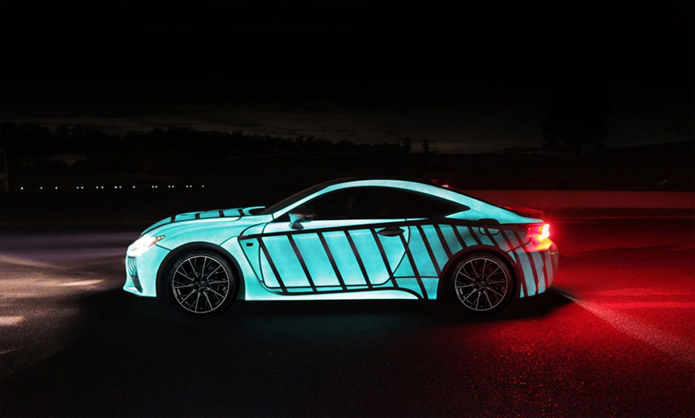 lexus uses lumilor coating to show driver 39 s heartbeat on car. Black Bedroom Furniture Sets. Home Design Ideas