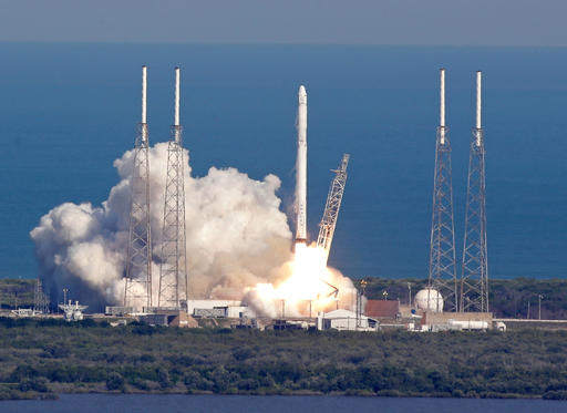 SpaceX launches futuristic pop-up room, lands rocket