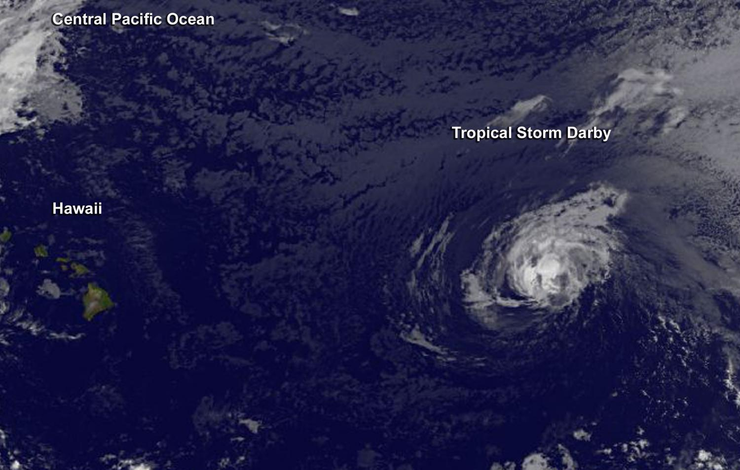 Hurricane Darby weakens on approach to Central Pacific Ocean