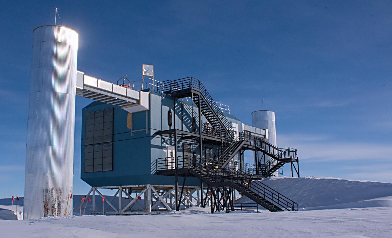 NSF awards $35 million to the UW-Madison to continue ... Icecube Neutrino Observatory Antartica