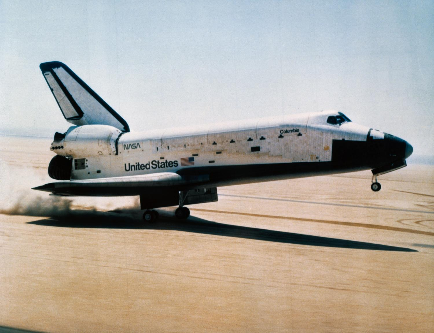 space shuttle landing at edwards air force base - photo #31