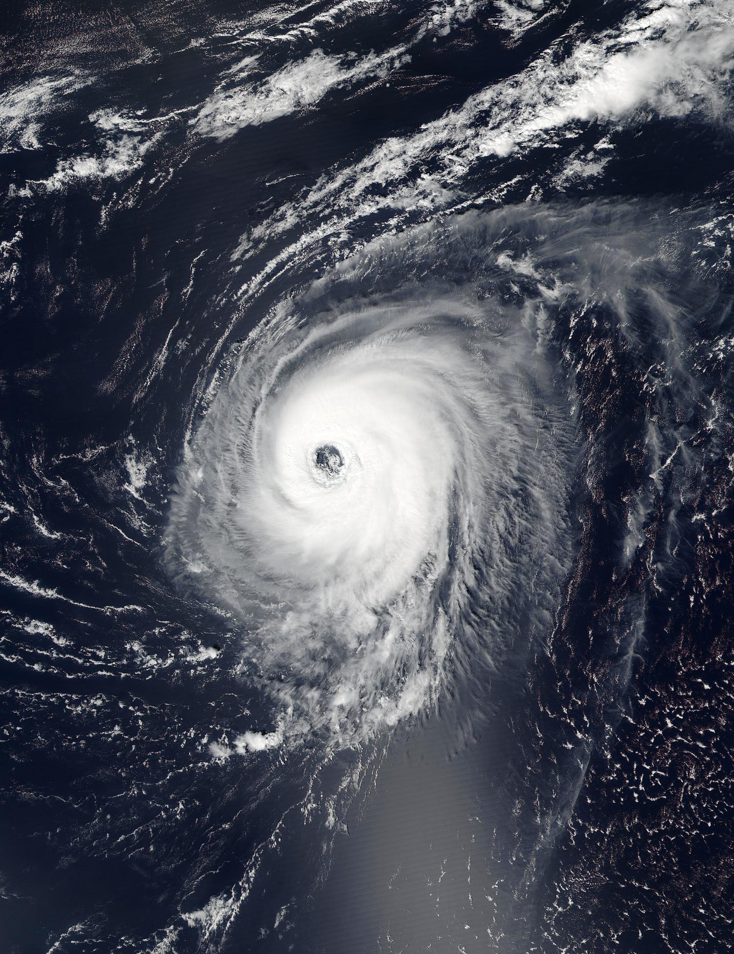 -NOAA's Suomi NPP satellite captured this visible image of Hurricane ...
