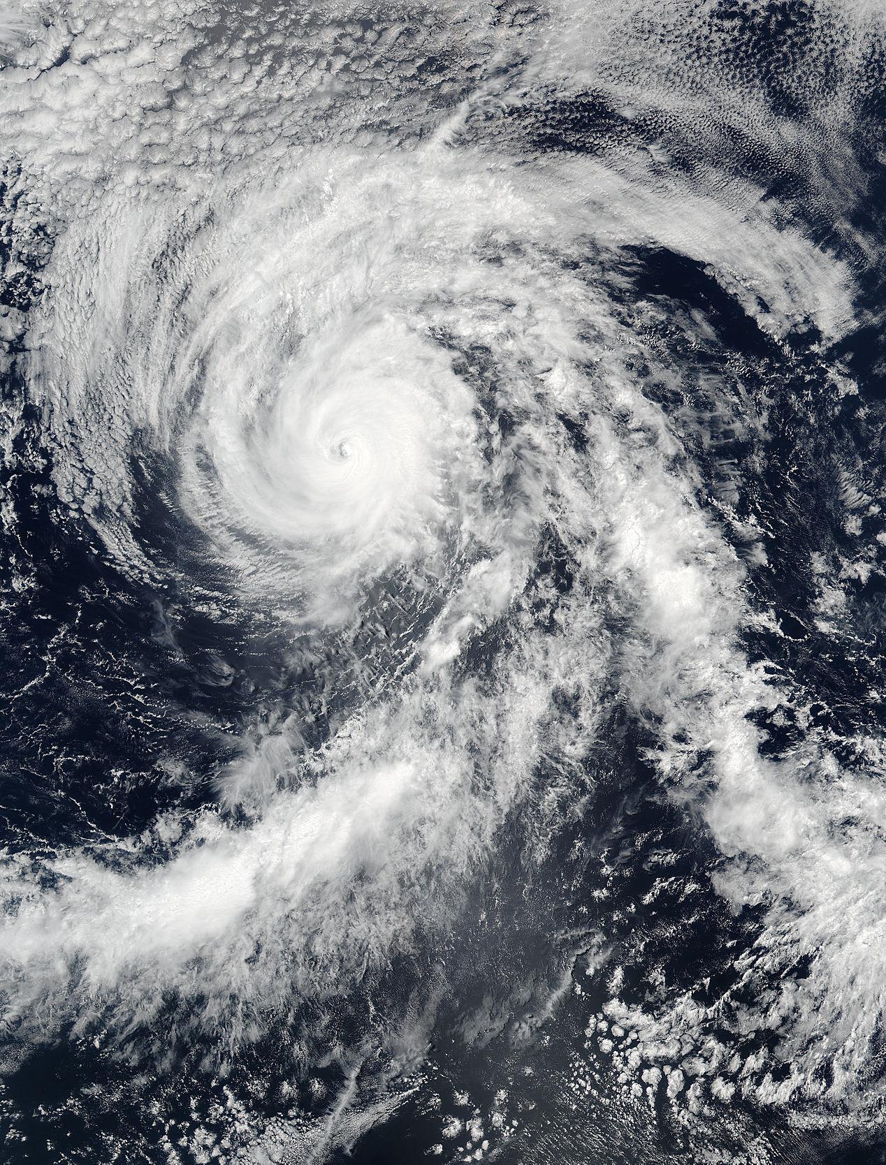 NASA sees Hurricane Blas closing its eye