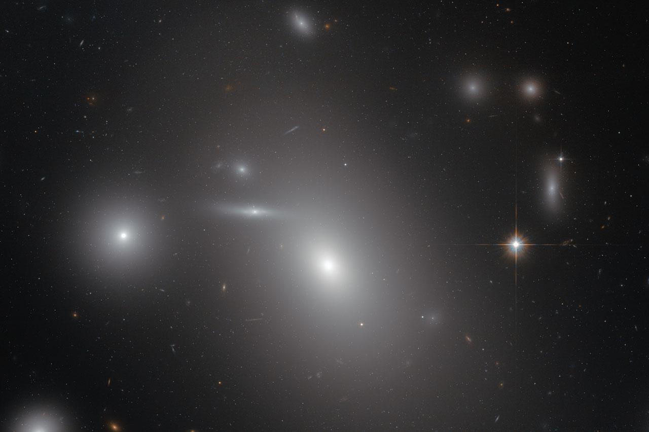 giant elliptical galaxies - photo #20
