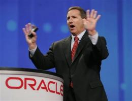 HP sues ex-CEO Hurd over new job at rival Oracle (AP)