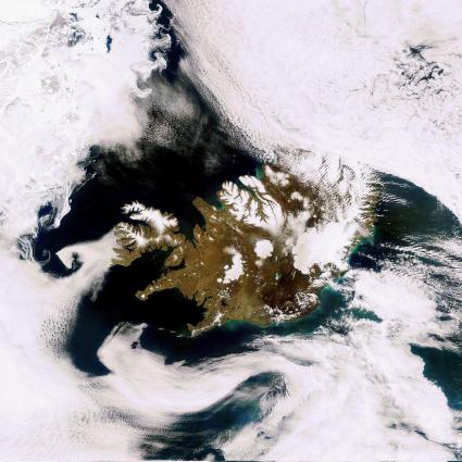 Image: Earth from Space: A smoke-free Iceland
