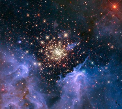 Image: Starburst Cluster Shows Celestial Fireworks