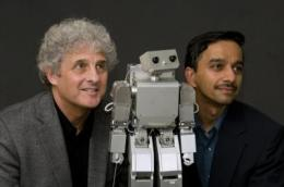 I want to see what you see: Babies treat 'social robots' as sentient beings