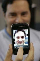 Kodak sues Apple, RIM over digital camera patents (AP)