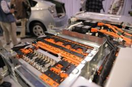 Lithium-ion batteries used in the current generation of plug-in vehicles depend on dwindling supplies of lithium