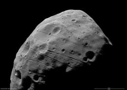 Mars Express heading for closest flyby of Phobos