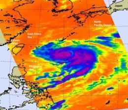 NASA eyes Typhoon Fanapi approaching Taiwan