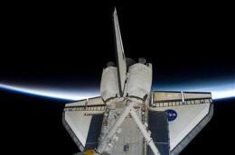 NASA to astronauts: Rain delays likely for return (AP)