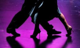 Psychologists have identified the key male dance movements that most arouse female interest