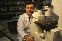 Researcher at Childrens Hospital LA discovers way to overcome radiation resistance in leukemia