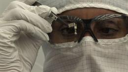 Popular Mechanics award given to artificial retina team