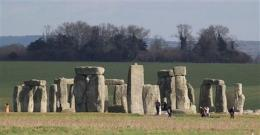 Stonehenge gets millions for major makeover (AP)