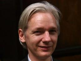 Sweden to issue int'l warrant for Assange (AP)