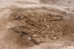 The Weymouth burial pit of skulls and bones