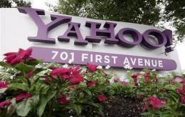 Yahoo's 4Q progress brightens 2010 outlook (AP)